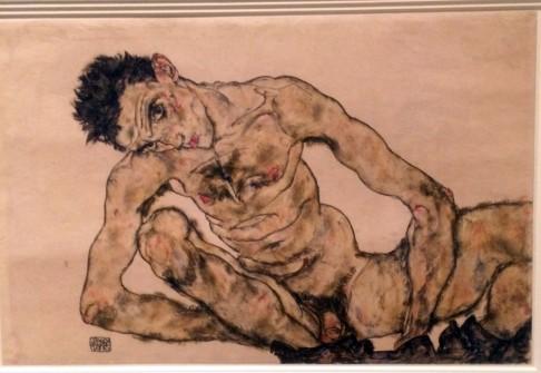 schiele crouching nude